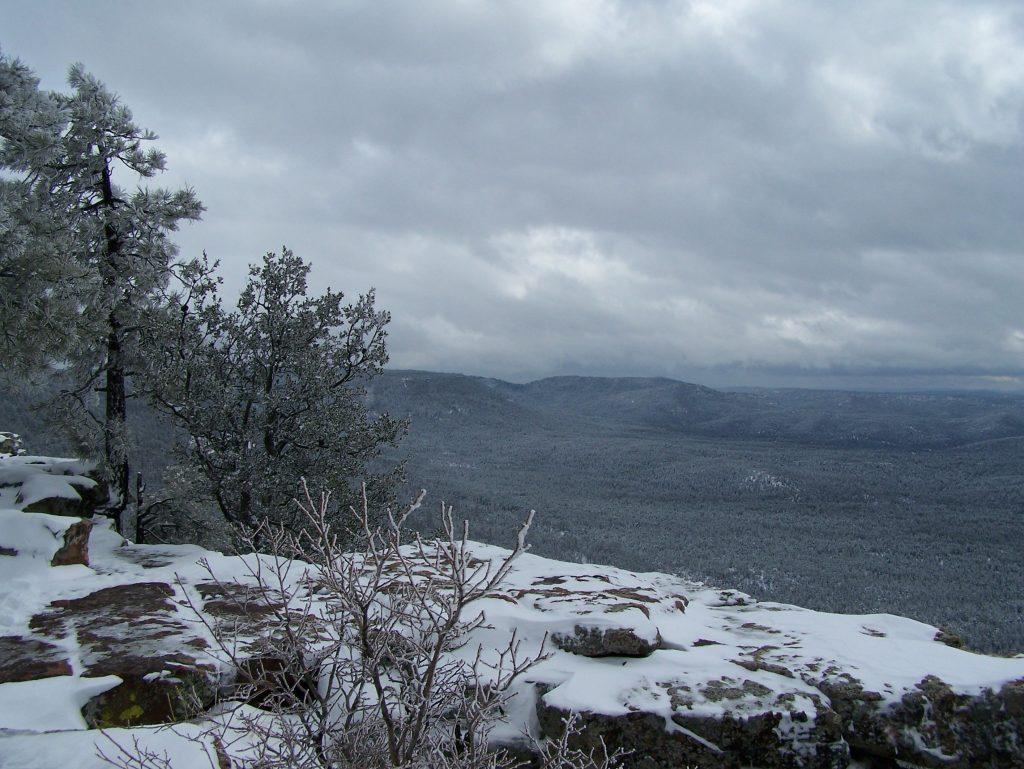 Snow on the Rim near Christopher Creek